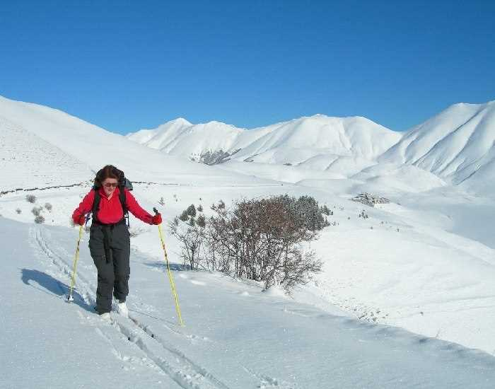 Cross country skiing around the Piano Grande, Sibillini Mountains, Italy