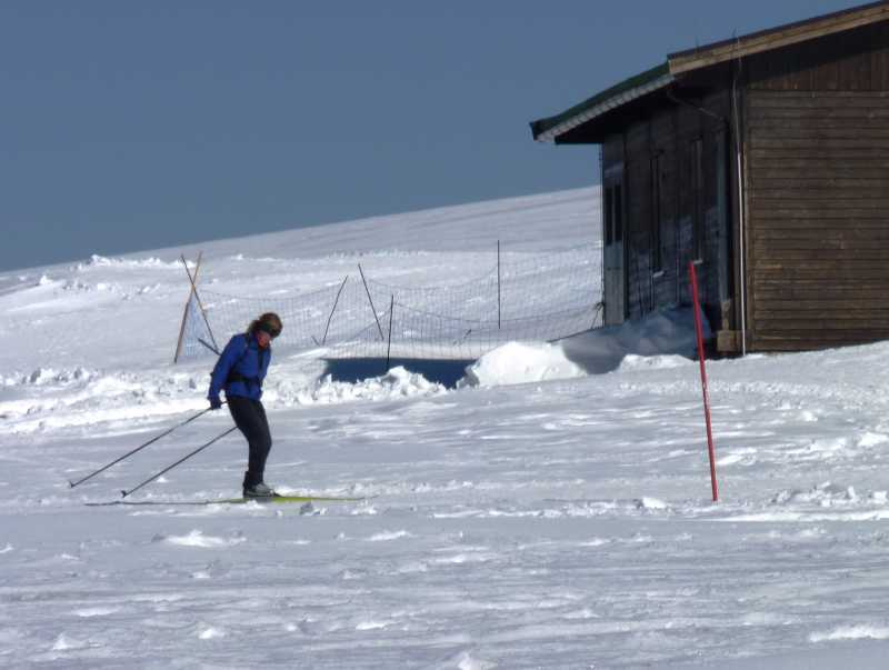 Cross country skiing on the Ragnolo plain in the Sibillini Mountains, Italy