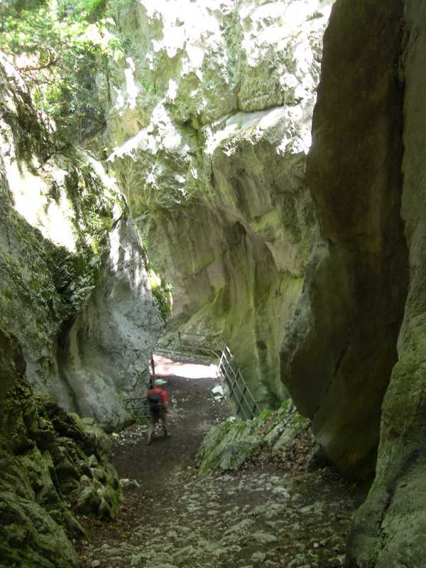 Walking through the gola d'Infernacio in the Sibillini Mountains, central Italy